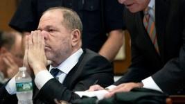 Manhattan DA: Weinstein Cop Told Accuser to Delete Messages