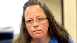 Ky. Clerk Blocking Gay Marriages to Appear Before Judge