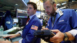 U.S. Stocks Close Higher in Rebound