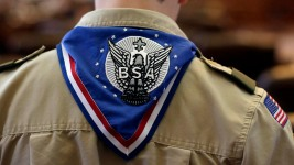 Boy Scouts Chief Urges End to Ban on Gay Adults