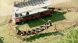 Bystanders Hold Up Collapsing Roller Coaster, Save 6 Kids