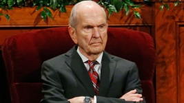 Mormon Church Appoints 93-Year-Old Ex-Surgeon as President