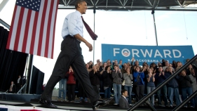 Obama, Romney Fight for Working-Class Voters