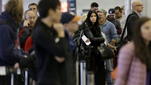 How Not to Get Stuck at Airport This Thanksgiving