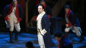 Clinton Campaign Offers Chance to See 'Hamilton'