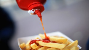 FL Man Poured Ketchup on Girlfriend While She Slept: Police
