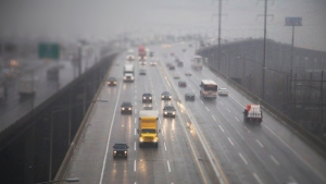 Wet, Windy Weather to Meet Holiday Travel Days Across Coasts