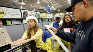 How to Outsmart These Cyber Monday Shopping Scams