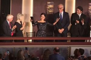 Julia Louis-Dreyfus Gets Career Achievement Award for Comedy