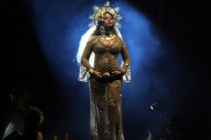 Doctor's Orders: Pregnant Beyonce Out of Coachella