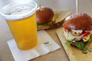 National Cheeseburger Day At W Miami