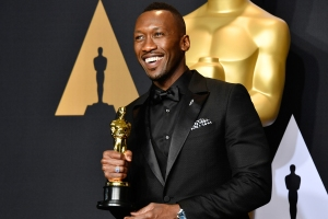An Awards Show of Firsts: Records Set at the 89th Oscars