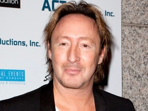 Julian Lennon Buys Beatles Songs on iTunes