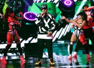 Top Winners From Inaugural Latin AMAs