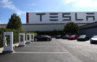Tesla Lays Claim to World's Fastest Production Car
