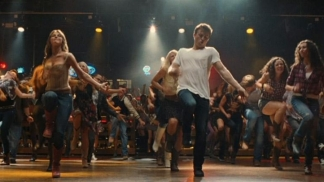 "PopcornBiz Sees ""Footloose"" With a Dancer"