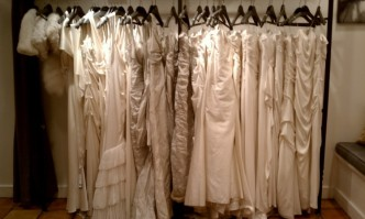 Consumer Reports: Get Your Wedding Gown For Less