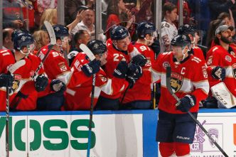 Barkov Scores Twice as Florida Panthers Dominate Ottawa