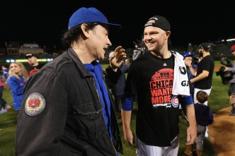Celebrity Chicago Cubs Fans Celebrate Historic Win