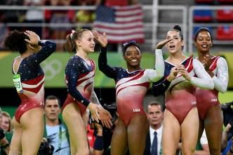 Zac Efron Surprises Simone Biles, 'Final Five' in Rio