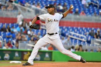 Mets Rally For Win After Marlins' No-Hit Bid Ends Early