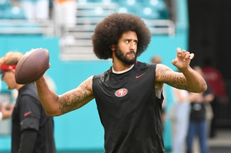 Angry Miami Fans Cheer Kaepernick's Fall Against Dolphins