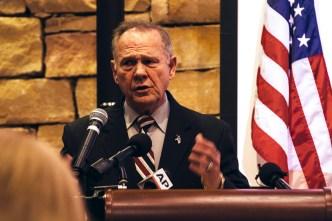 GOP Sen. Toomey: Roy Moore Should Step Aside Over Sex Allegations