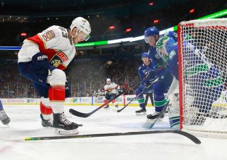 Vancouver Canucks Get 5 Goals Early to Drub Florida Panthers