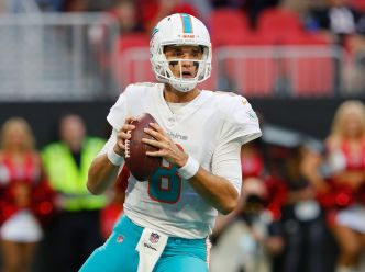 Osweiler Makes Bid for Backup QB as Dolphins Top Falcons