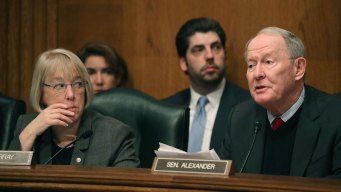 Senators Reach Deal on Resuming Payments to Health Insurers