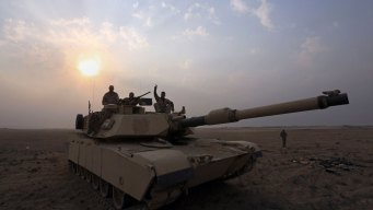 Iraqi Forces Battle ISIS in Town Far From Mosul