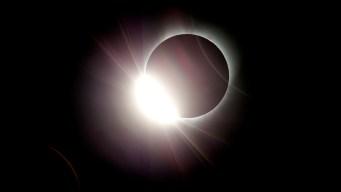 Blocked: NASA Moon, Sun Accounts Squabble on Eclipse Day