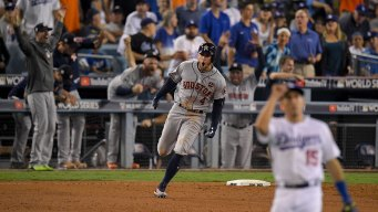 Springer's HR in 11th Gives Astros 7-6 Win, Ties Series 1-1