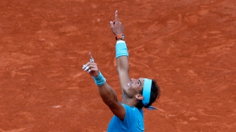 Nadal Wins 11th French Open Title, Beats Thiem in 3 Sets