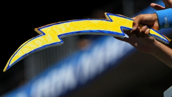 Chairman Says SD Chargers to Stay for 2016 Season