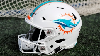 Dolphins Fire 1st-Year Offensive Line Coach Pat Flaherty