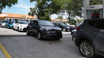 AAA Says There's Plenty of Gas in Florida, But Long Lines Persist