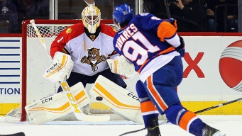 Panthers Blow Late Lead in Loss to Islanders