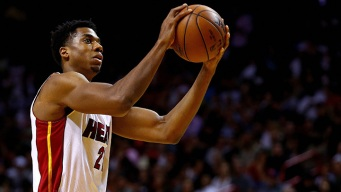 Heat Close Out Home Schedule With Lopsided Win