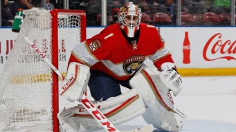 Panthers' Luongo Moves Up Wins List After Thursday's Victory