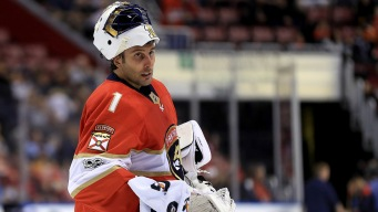 'Such a Pro': At 39, Panthers' Luongo Still Chasing the Cup