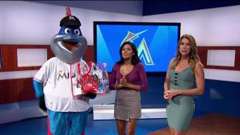 Miami Marlins Saying Thank You to Fans
