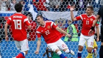 Russians Rout Saudis in World Cup Opener