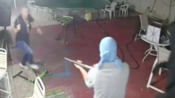 Florida Man Fights Off Armed Robbers With Machete