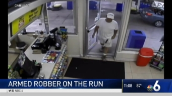 Hollywood Police continue search for armed robber