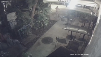 Miami Beach Armed Robbery Caught on Camera