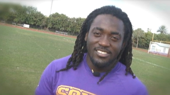 "Alex Collins Says He's ""Staying with Arkansas"""