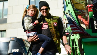 Tom Brady Criticized For Cliff Jump With 6-Year-Old Daughter