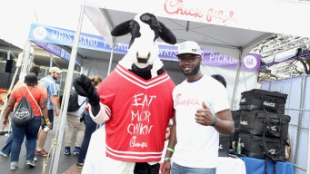Chick-Fil-A Offering Free Entrees For Cow Appreciation Day