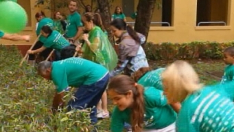 Comcast Cares Day Mobilizes Thousands of Volunteers